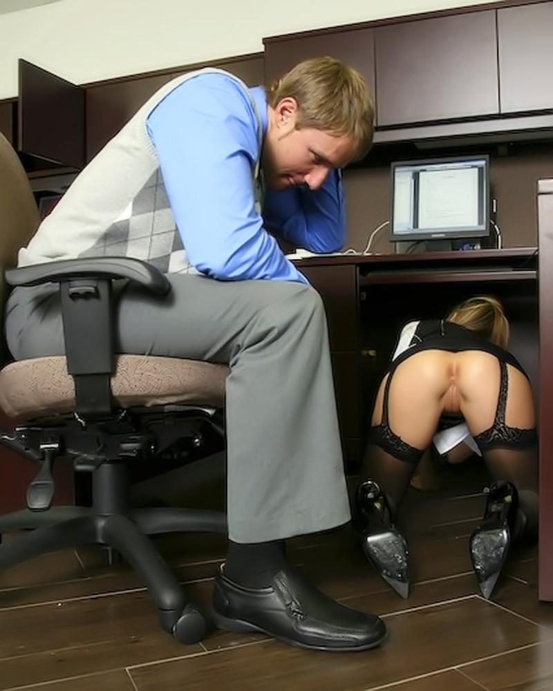 в офисе дрочит сучка
