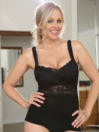 Julia Ann My Girlfriend's Mother 00
