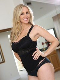 Julia Ann My Girlfriend's Mother 01