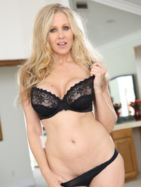 Julia Ann My Girlfriend's Mother 09