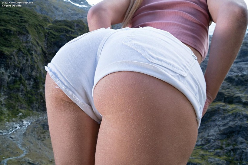 Cherie DeVille On The Rocks