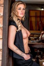 Jessa Rhodes In Wild West Cosplay Porn Action 09