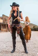 Jessa Rhodes In Wild West Cosplay Porn Action 11