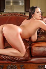 Angela White Flashes Her Huge Boobes-14