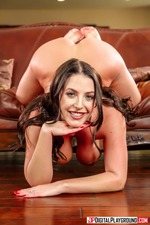 Angela White Flashes Her Huge Boobes-16