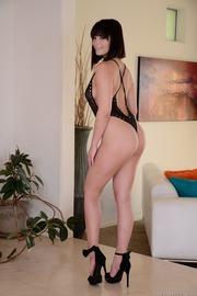 Horny Young Slut Violet Starr