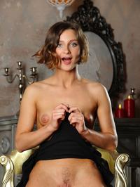 Sexy Russian Babe Doris G 09