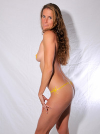 Body Painted Yummi Sophie 03