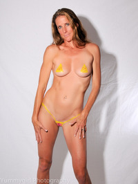 Body Painted Yummi Sophie 04