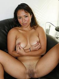 Busty Amateur Janelle 17
