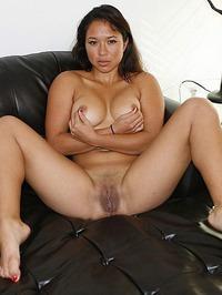 Busty Amateur Janelle 19