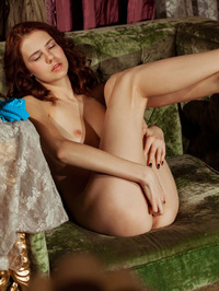 Lovely Juliett Lea Wastes No Time In Getting Naked 03