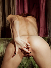 Lovely Juliett Lea Wastes No Time In Getting Naked 10