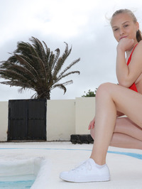 Relax On A Sunbed 04