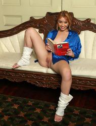 Aurora Zvezda Naughty Teen Strips To Naked 17