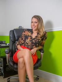Victoria At The Desk 00