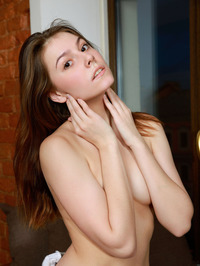Presenting Lauren Swift 06