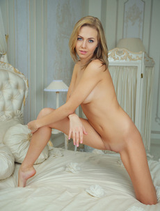 Sexy Blonde Beauty Babe Lija