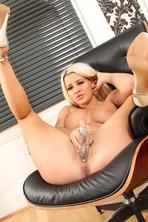 Sexy Big Boobed Blonde Sienna Shows Her Cunt 14