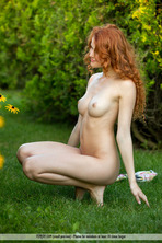 Sexy Redhead Heidi 01