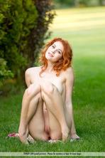 Sexy Redhead Heidi 03